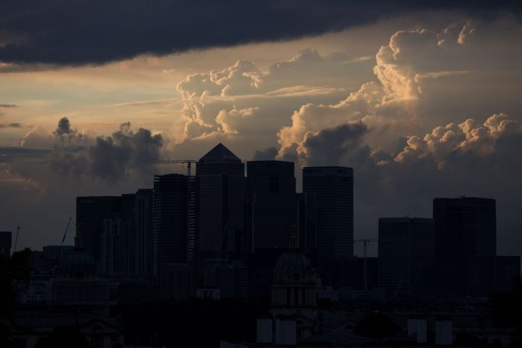 A stormy Canary Wharf